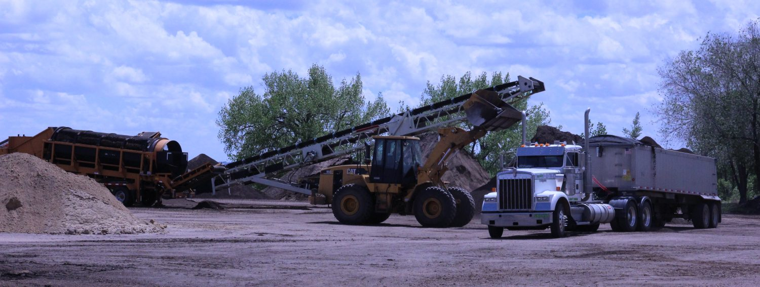 Select materials bulk delivery wholesale landscaping for Topsoil delivery