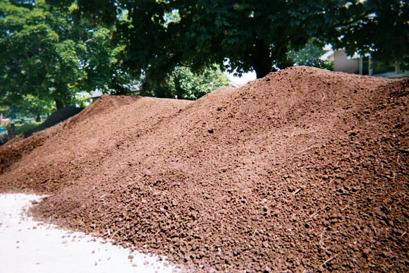 Topsoil bulk delivery select materials for Organic top soil